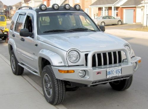 2002 Jeep Liberty Renegade Bright Silver 3 7l V6 5spd 4x4 Mopar Tow Package Vent Visors